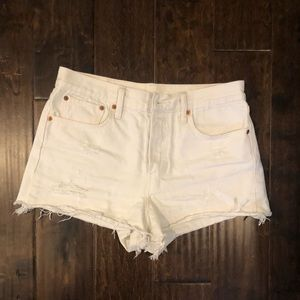 Levi's high rise denim white shorts